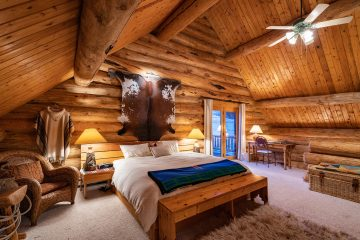 Dusk Real Estate Photography Bozeman Montana Log Cabins - Saul Creative
