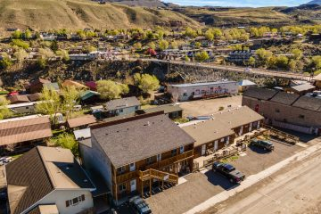 Gardiner Montana Real Estate - Saul Creative