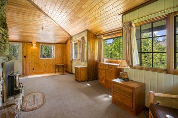 West Yellowstone Real Estate Photographer - Saul Creative