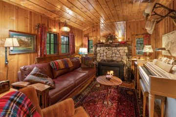 COZY Log Cabins Montana in the Woods - Saul Creative Real Estate Media